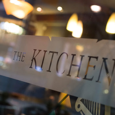 s1 the kitchen bar