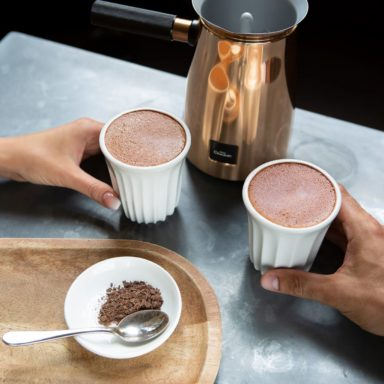2 Hot Chocolates & 2 Brownies for £10